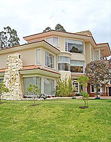 Ecuador luxurious modern houses
