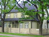 Estonia 5 to 6 bedroom houses