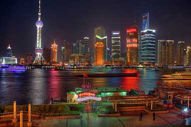 Shanghai defies tradition for home ownership