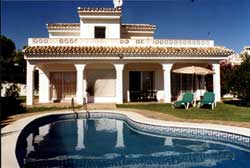 High-end Spanish property are buyers'  targets in 2012