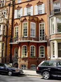 Affluent Russian buyers flock to London's expensive neighbourhoods